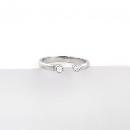Кольцо серебряное Глазки с цирконами Youko белого цвета