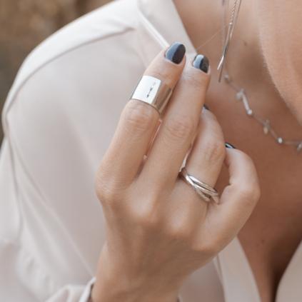 Кольцо серебряное Широкое со Стрелой Youko