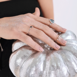 Кольцо серебряное Сердце Маленькое с эмалью Youko черное