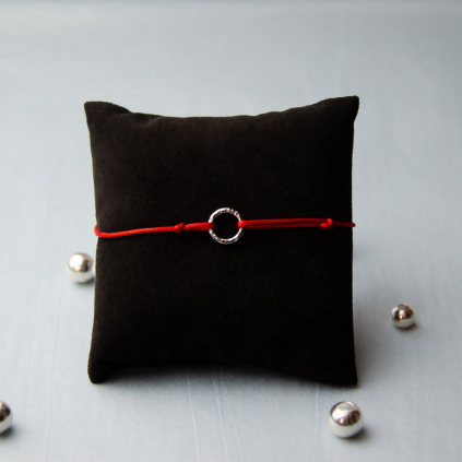 Браслет серебряный Круг Youko шнур красный